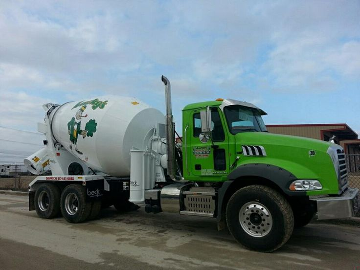 25136de3fb35afcc9014ab9fb6785752 mack trucks tow truck 25 best concrete images on pinterest cement mixers, heavy Mack Concrete Mixer at gsmx.co