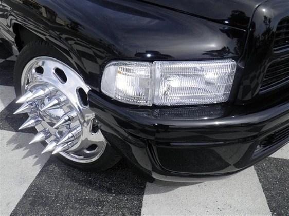 dually wheels spiked lug nuts