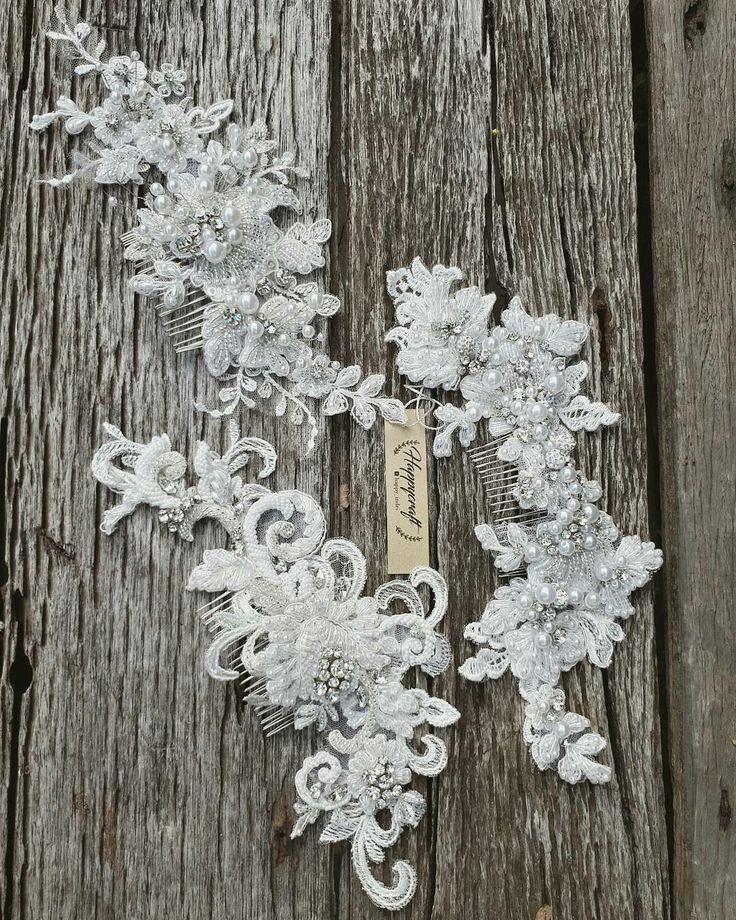 Bridal haircomb Haircomb Hairpiece Lace headpiece