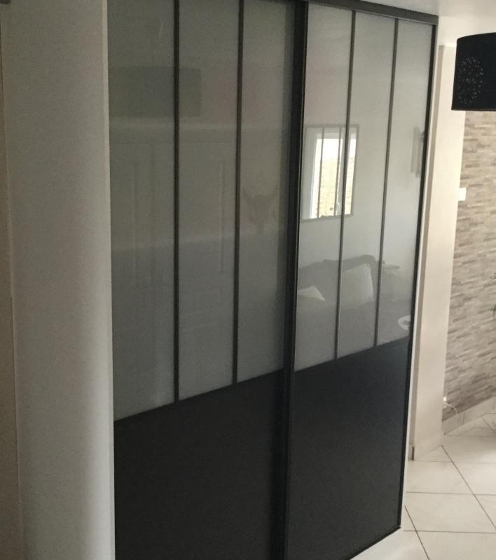 2 Portes De Placard Coulissantes Noires Atelier 180 X 250 Cm En 2020 Porte Placard Coulissante Placard Coulissant Et Porte Placard
