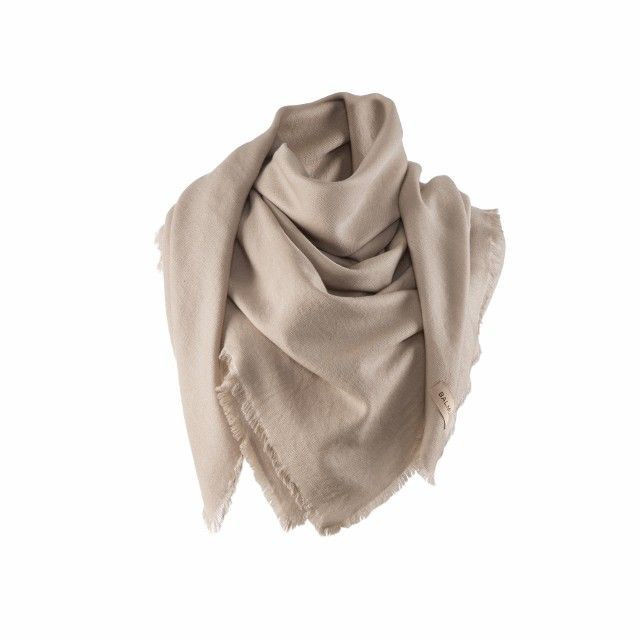 Milan scarf, 140x140cm, light taupe