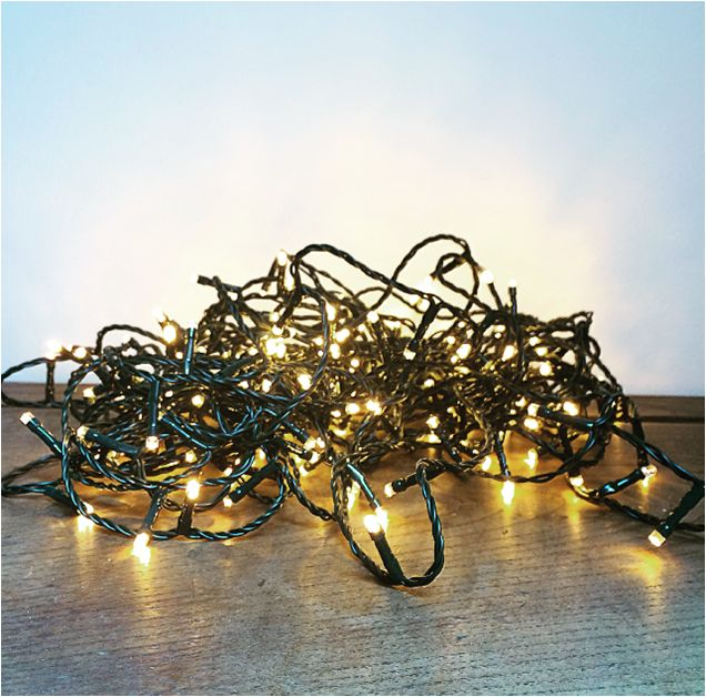 Guirlande LED 8m qui illuminera votre décoration intérieure et extérieure chez l'Atelier d'Hiris, location de décoration 44