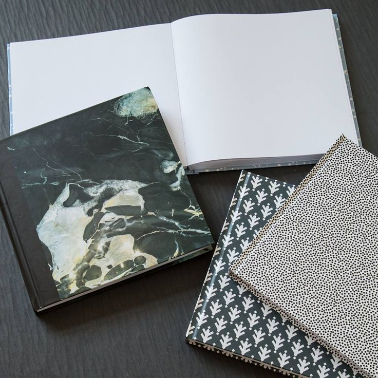 Notebooks with blank pages for notes and sketches. Price DKK 36,60 / SEK 49,70 / NOK 49,60 / EUR 5,13 / ISK 1029  #20x20cm #notebook #sketchbook #blankpages #drawing #sketching #notetaking #tegning #skitsering #kreativitet #creativity #notat #note #memo #remember #write #secrets #diary #designs #sostrenegrene #søstrenegrene