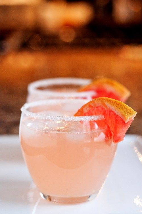 The Paloma | ¼ cup tequila ¼ cup club soda ¼ cup fresh grapefruit juice 1 tbsp fresh lime juice 1 tsp sugar Small plate with sugar Grapefruit wedge