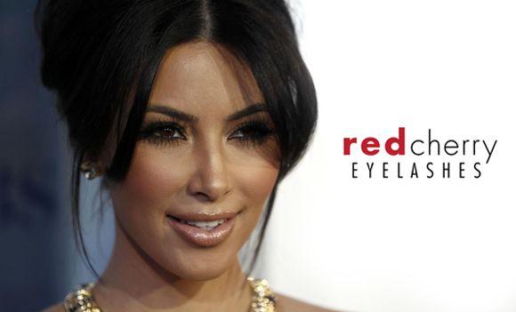 Un alleato infallibile per la tua bellezza? Le ciglia finte Red Cherry! Scopri come donare ai tuoi occhi uno sguardo pieno ed affascinante http://www.mitrucco.it/ciglia-finte-red-cherry/