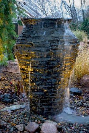75 best images about backyard ideas on pinterest gardens for Front garden feature ideas