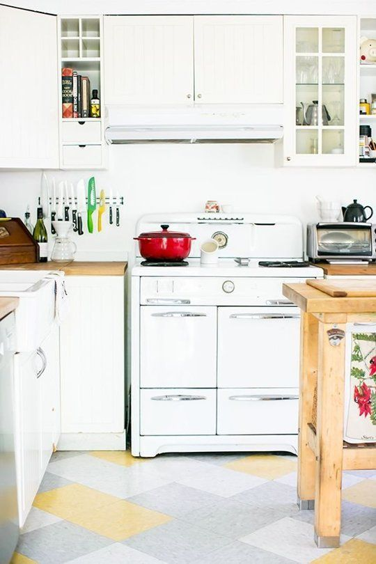 Awesome 50s Style Kitchen Cabinets
