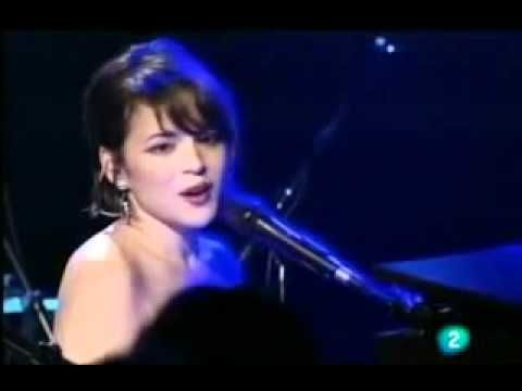 "Norah Jones - Don't Know Why - Live. I do not own or claim any rights of this music or video. I'm simply a Nora fan who ""borrowed"" this from YouTube"