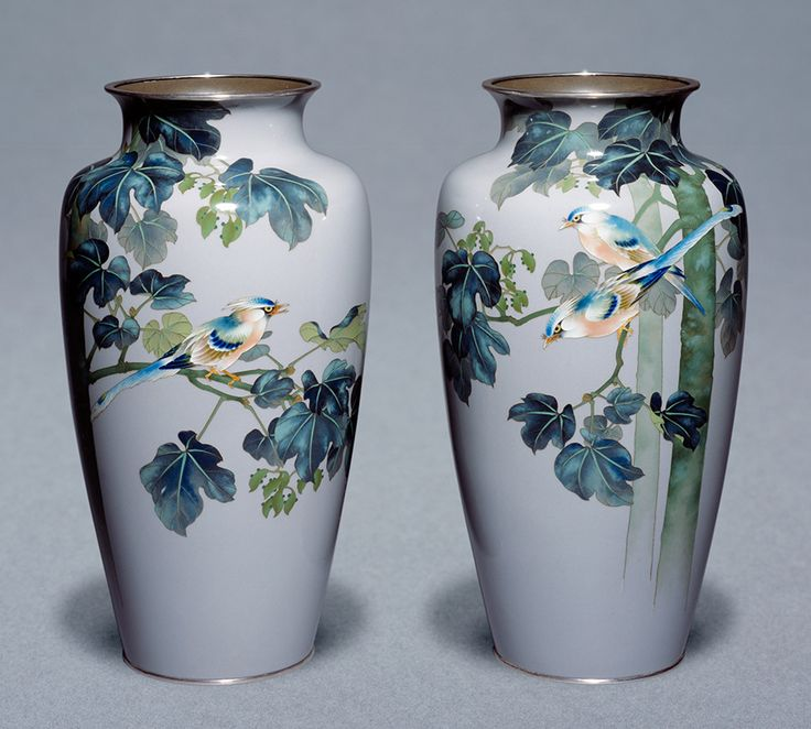 Pair of Cloisonné enamel vases decorated with birds, Ando Company. V&A Museum.