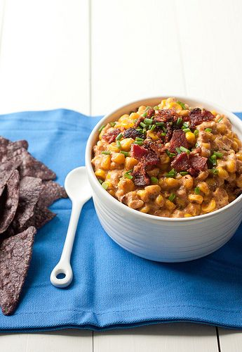 Slow Cooker Cheesy Corn, Bacon, and Jalapeno Dip