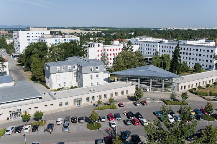 Výsledek obrázku pro nemocnice české budějovice