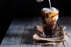 Youll be surprised Youll be surprised how easy it is to pull off cold brew coffee at home. The process involves little more than soaking coarsely ground coffee beans in cold or room-temperature water for at least 20 hours.