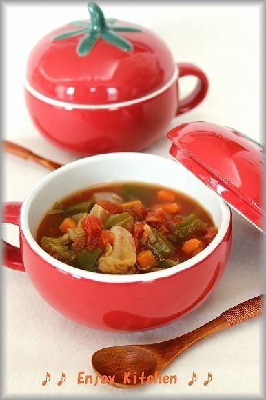 食べるだけで痩せるなんて夢のまた夢だと思っていませんか?実はそんな夢のようなダイエット方法がここにあるんです!食べてどんどん痩せていくこの脂肪燃焼スープダイエットは多くの人がその効果を実感しているそうです♪今回はそんなスープのレシピをご紹介します。