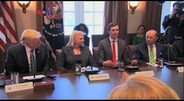 Ivanka Trump dan Jared Kushner,  anak dan menantu Presiden Trump, semakin berperan dalam pemerintahan. Pakar hukum dan etika mempertanyakan apakah peran pasangan ini melanggar aturan anti nepotisme dan konflik kepentingan. Versi awal dipublikasikan pada - http://www.voaindonesia.com/a/jared-kushner-dan-ivanka-trump-pasangan-paling-berpengaruh-di-washington/3785824.html