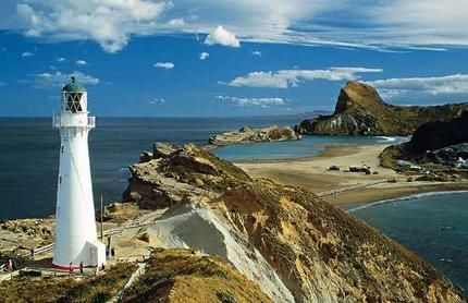 Castlepoint, New Zealand: Castlepoint Lighthouses, North Islands, Lighthouses Beacon, Places Visit, Castles Rocks, Castles Points, Castlepoint Nz, New Zealand, Amazing Castlepoint