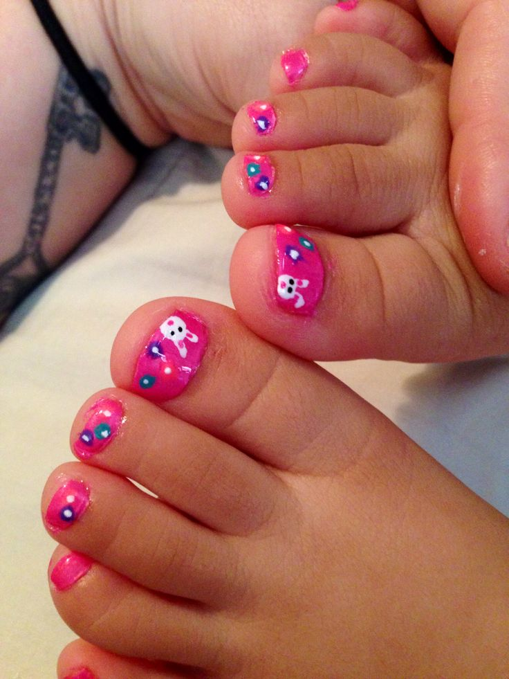 Easter bunny nails on toddler I gotta do these on my ...