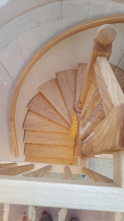 Best Bespoke Wooden Spiral Staircases Spiral Staircase Diy 640 x 480