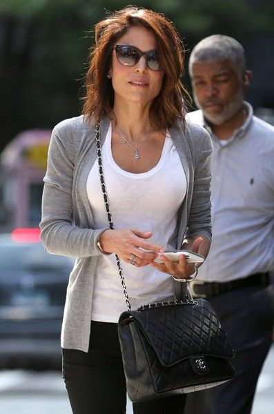 Bethenny Frankel Photos - Bethenny Frankel Out in NYC With Her Daughter - Zimbio