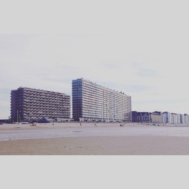 #Belgium #Oostende #coast #beach #Flanders #sea #architecture #architecturelovers #architecturephotography #architectureporn #design #art #brutalism #modernism #building #modern #life #style #travel #light #minimalism #city #vscocam #photooftheday #travelgram #igdaily #artofvisuals #Europe by antarctic_return