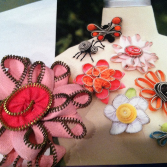 Create your own jewelry out of zipper trims.