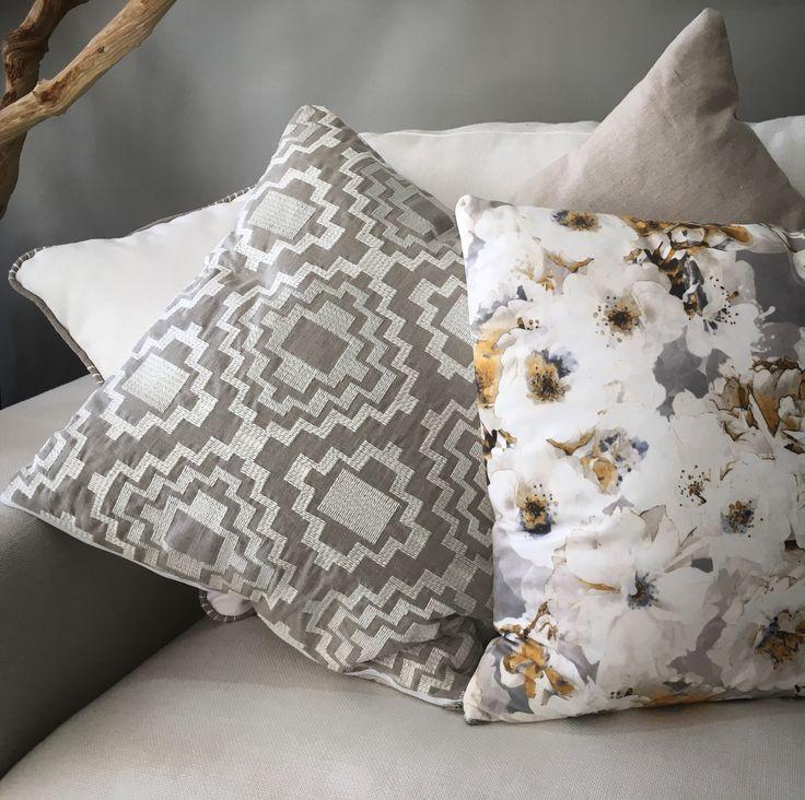 Equinox by Ontario Fabrics. #geometric #ontariofabrics #bordados #brodats #interiordesign #homedesign #timeless