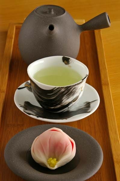 Japanese green tea and sweets