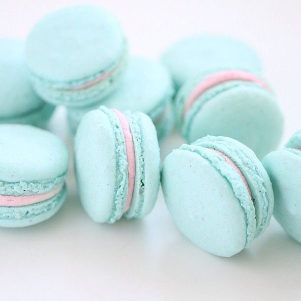 aqua and pink macarons