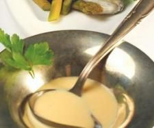 Recette Sauce hollandaise par thermomix - recette de la catégorie Sauces, dips et pâtes à tartiner