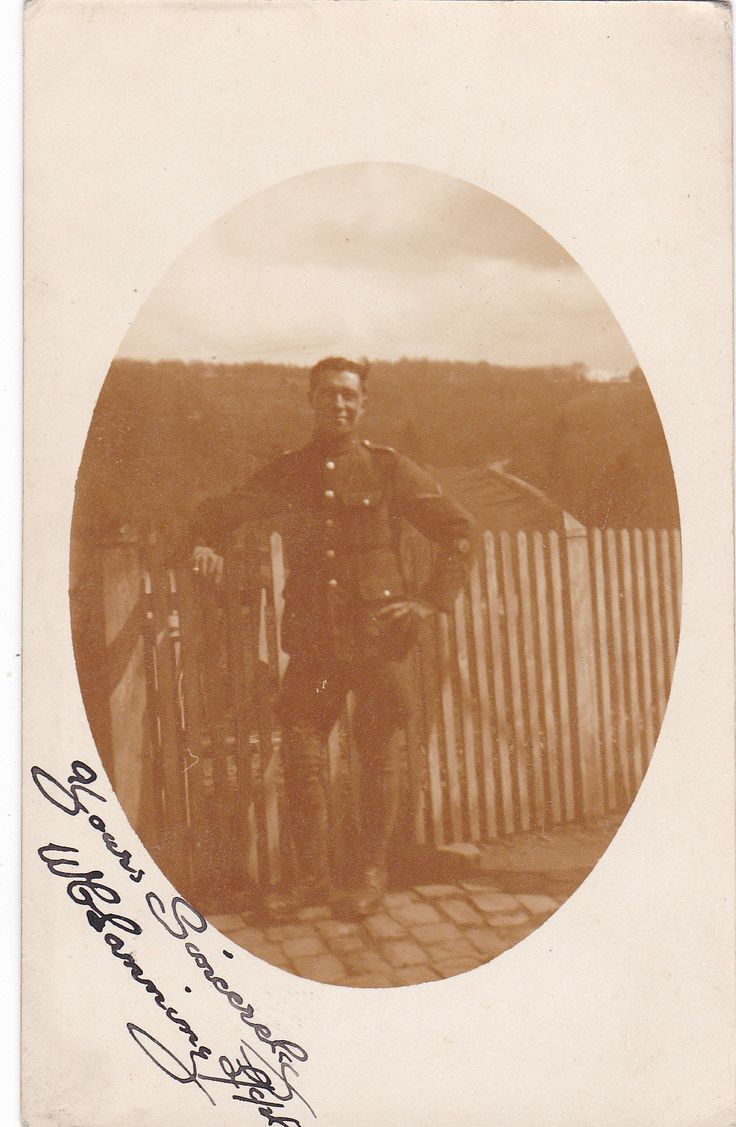 Photo Of A Soldier Dated ??/??/28 Military Postcard (U15170)