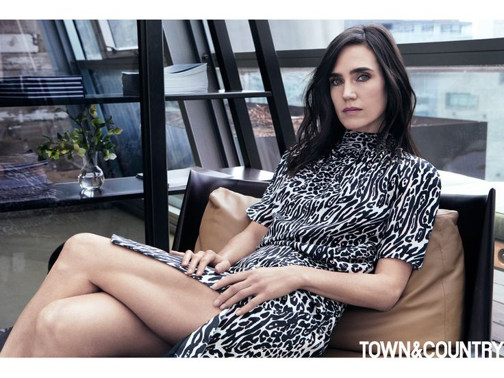 Jennifer Connelly Says She's 'A Compulsive Confessor' http://www.people.com/article/jennifer-connelly-paul-bettany-compulsive-confessor