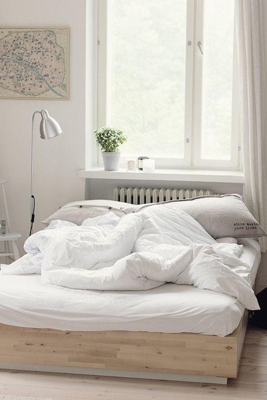 low bed via Kaikki mitä rakastin - Blogi | Lily.fi