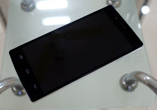 Cheapest Smartphone with full HD screen