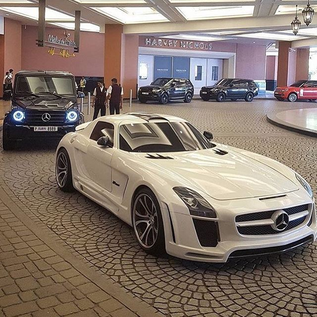 Guess the Mercedes model? Via @ceomen - 📷 @instacar_uae