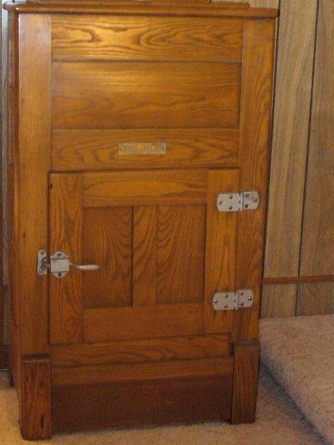170 best images about Old Wood Ice Box on Pinterest  Boxes for sale ...