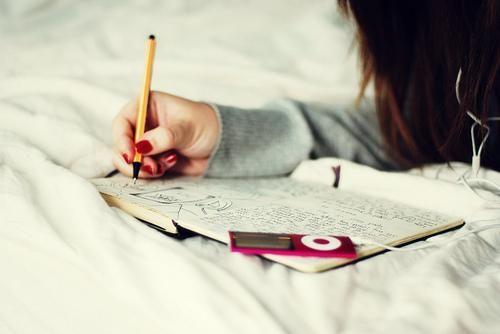 Ни дня без строчки, или зачем девушки ведут дневники - Блог мегаватника