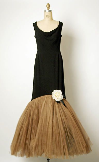 1952 Evening dress Design House: House of Balenciaga (French, founded 1937)