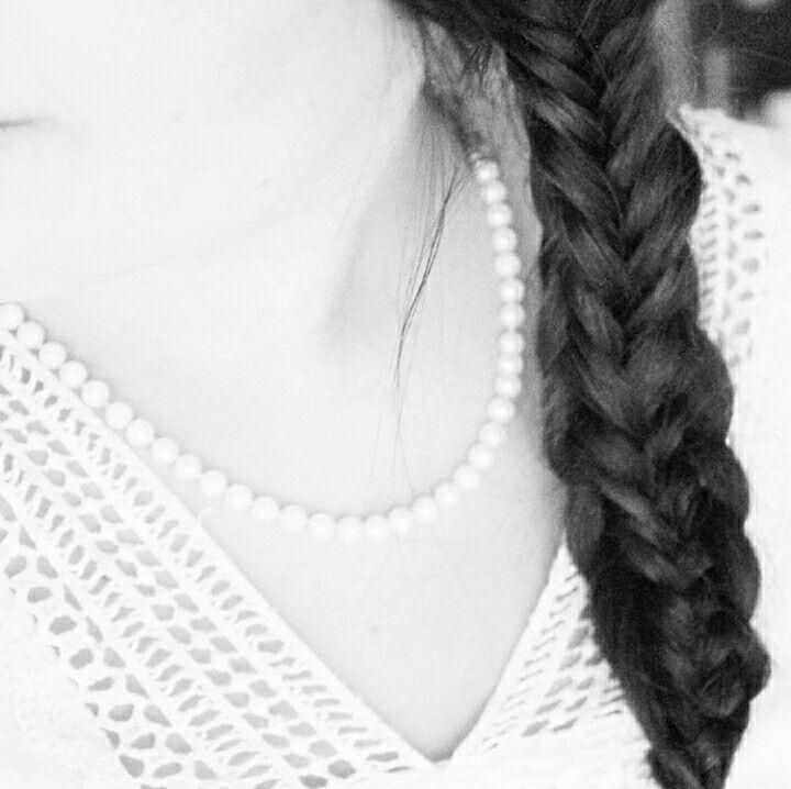 Twisted edge #fishtail #braid
