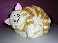 http://justjen-knitsandstitches.blogspot.com/2011_01_01_archive.html