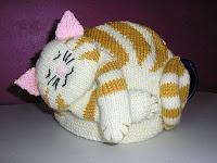 http://justjen-knitsandstitches.blogspot.com/2011_01_01_archive.html