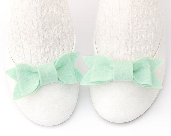 Pale Aqua Felt Shoe Bow Clips from TheBowMakersShoes Bows, Precious Bows, Lifeinstyl Greenwithenvi, Bow Shoes, Aqua Felt, Clips Ideas, Felt Bows, Bows Clips, Bows Shoes