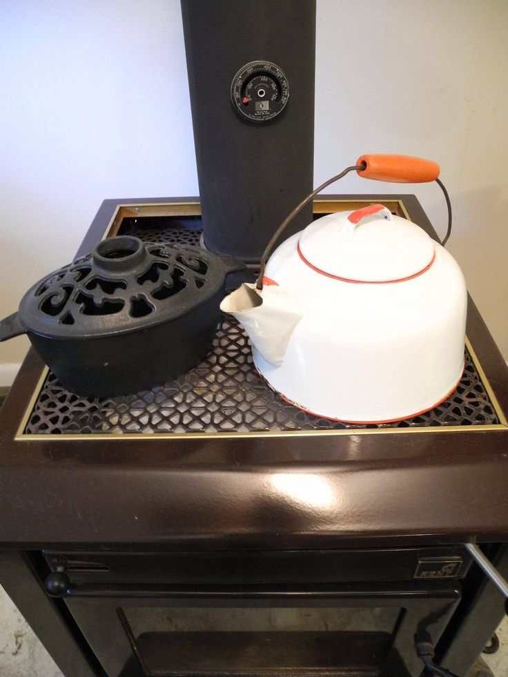 Vintage White with Red Trim Enamel Kettle. Shabby Tea Kettle. Enamelware Kettle. Red and White Kettle. Vintage kitchenware. by ontherebound on Etsy
