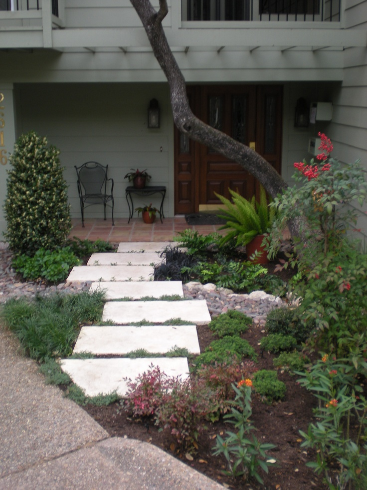 Front door pathway by bill rose of blissful gardens in for Front window landscaping ideas