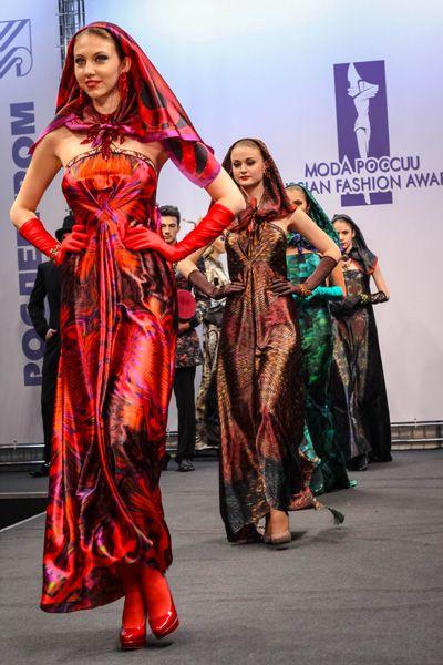 FASHION PEOPLE   Вячеслав Зайцев представил коллекцию на соискание премии «Мода России»