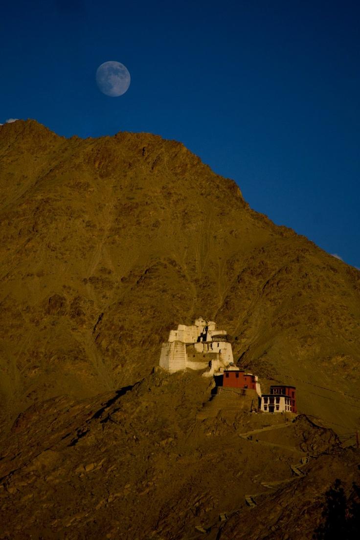 "Moonrise over Leh Palace at Leh. I have been wanting to visit Leh after watching ""3 Idiots""."