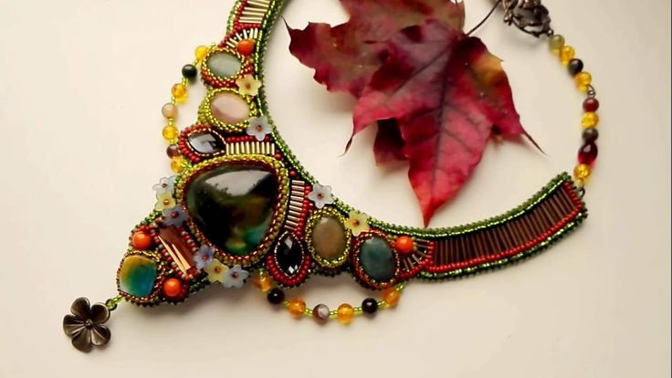 """Колье из бисера и камней """"Осенние цветы"""""""
