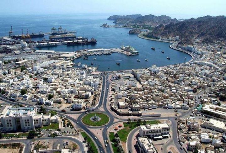 عاصفة تتسبب في إيقاف عمليات شركة دليل للنفط في سلطنة عمان قالت شركة دليل للنفط على موقعها الإلكتروني إن 14 عاملا اصيبوا بجروح Muscat City City Photo Skyline
