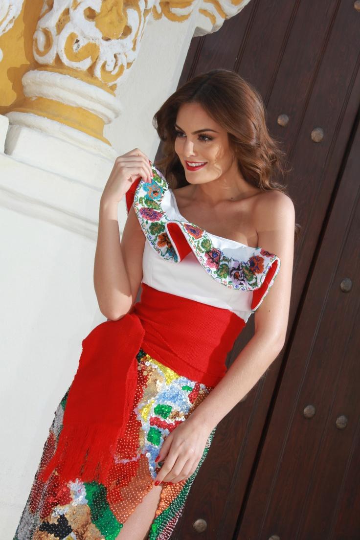 Ximena Navarrete Miss Universe dressed by Denisse Kuri photos taken by Rostros