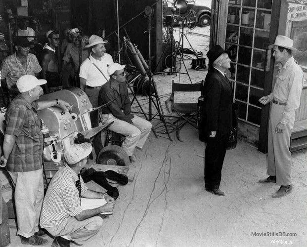 Bad Day at Black Rock - Behind the scenes photo of Spencer Tracy, Robert Ryan & director John Sturges