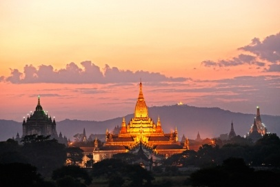 Three of the most beautiful temples of bagan after sunset, The Ananda Pahto, The Gawdawpalin Pahto and the Thatbyinnyu Plain of Bagan, Myanmar.
