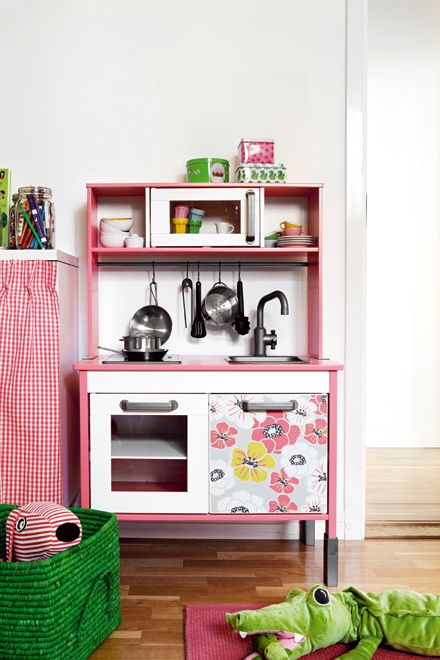 the boo and the boy: play kitchen hack from Ikea duktig